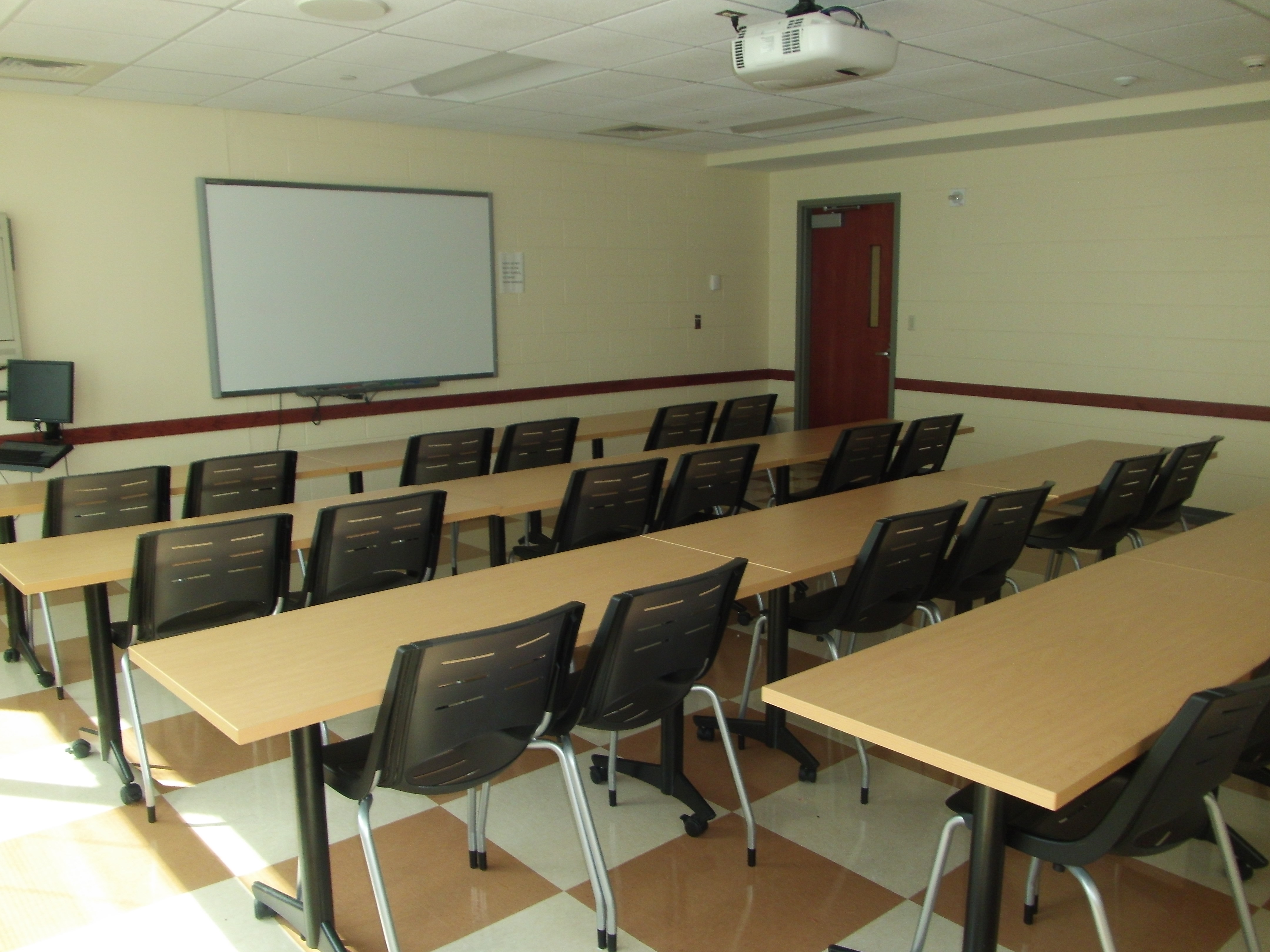 List Of Classroom Furnitures : Gentry uconn classrooms storrs campus